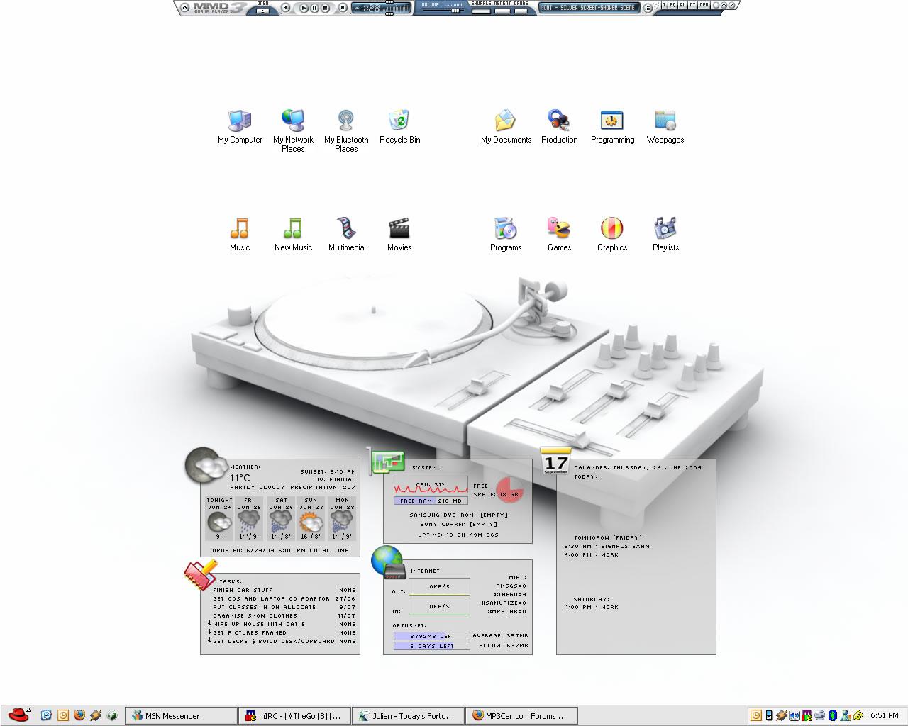 Title: Nic's Desktop V2