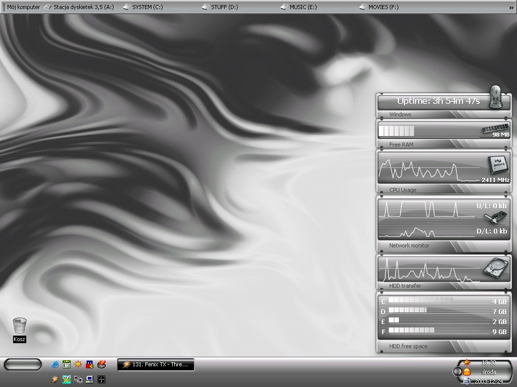 Title: RadeX's desktop  # 4 :]